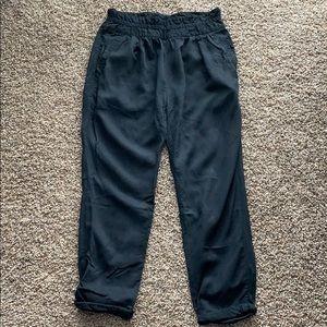 Aritzia Wilfred Paperbag Pants